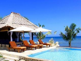 Private luxury 5 bedroom absolute beachfront fully staffed villa in Lovina!