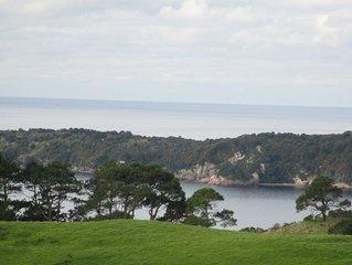 Cove Vista. Expansive ocean and rural views