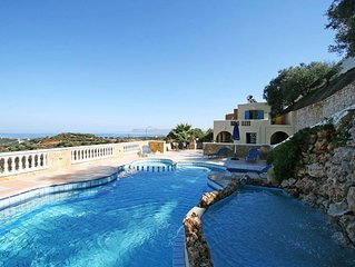 3-bedroom Villa Kalypso With A Private (heated) Pool