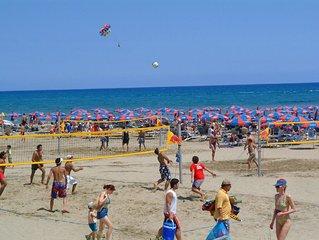 Apt 3, Near The Beach,1 bedroom, private veranda, easy travel Agia Napa Protaras