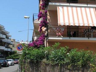 Appartamento in centro paese e vicino al mare