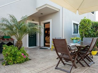 Queen Bee Residence is a holiday home, on 4.000 sqm, plot with its own garden
