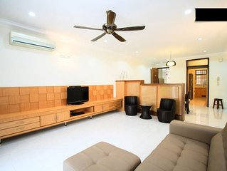Family Friendly Vacation Resort Can Accommodate Up To 8 Pax.