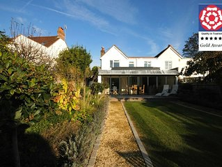 Manorside , Bosham -  a family house that sleeps 6 guests  in 3 bedrooms