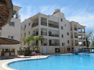 Simply Stunning Superb 2 Bedroom 2 Bathroom Apartment With Communal Pool