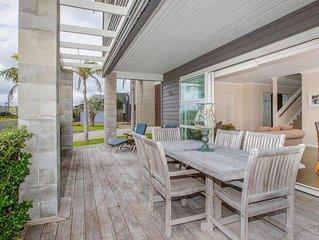 Omaha Stunning Beach House ***Weekend Special 11-13 October $329pn ***