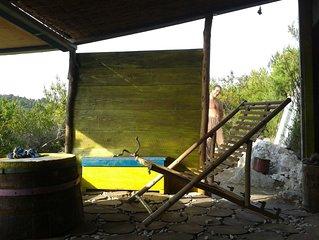 island escape bisevo  Tinda Guali