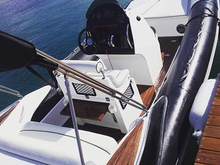 Rent a RIB or Motor-boat in Lefkas island