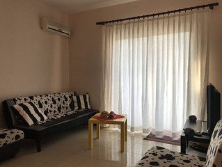 One bedroom cozy apartment just opposite the sea in the center of tourist area