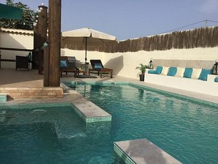 Beautiful private villa with pool and jacuzzi in an area of tranquility.
