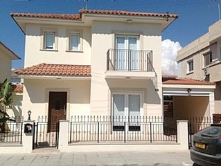 3 Bed Villa in Larnaca with Private Pool - 80 Metres from Beach