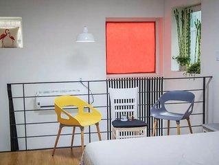 2 luxury Art Duplex 10pax Hongdae