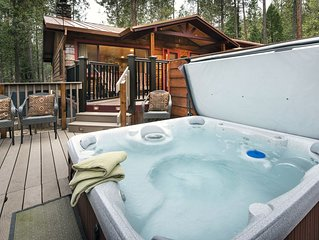 Welcome to Yosemite's Buss Stop!  This Yosemite cabin is available for year-roun