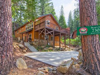Bears Den & Little Bear is a duplex home has 5 bedrooms and 3 bathrooms