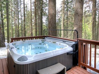 Alder Lodge is centrally located inside Yosemite Park, in an area called Yosemit