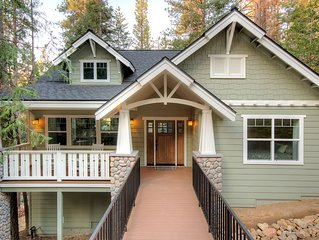 This Craftsman style home is the perfect place to make your Yosemite vacation tr