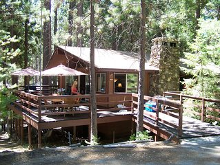 Papa Bear Cabin offers 1 queen bed in the master suite, 2 full sized beds in the