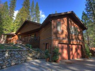 'Idyllic location in Yosemite - (WawonaGlade