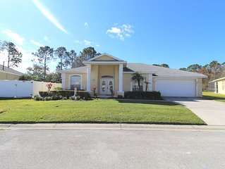 AMAZING!!! PRIVATE  4 BEDROOM POOL HOME W/ POND VIEW ONLY MINUTES FROM DISNEY!!