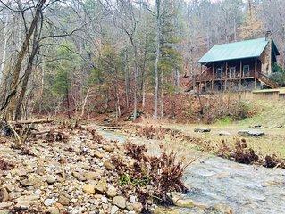 Creekside Cabin - Cozy Cabin Overlooking Year Round Creek