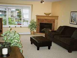 2 BDRM LAKEVIEW CONDO 10 MIN FROM PENTICTON