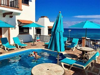 Plaza View Villa 'Tijuana' with a/c and pool     5 min stroll to beach