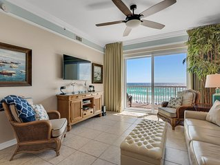 Beach Retreat Luxury Top Floor, Pet Friendly, Gulf View Condo