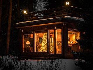 Lemmon Lodge: Charming, Peaceful Waterside Retreat Nestled in Trees w/Great View