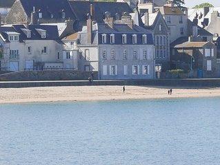 Appart front de mer a St Malo, vue sur la plage, 6 pers, WIFI