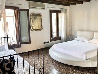 Sweet Suite Prato Della Valle. Romantico appartamento nel cuore di Padova