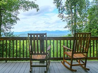 Long Range Mountain Views in a Family Friendly Home