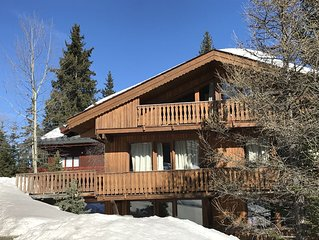 Courchevel 1850 in the 3 Valleys heart - warm Apt 3 stars in a chalet