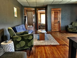 Arts District Loft in Downtown Kansas City -Great Views, Walkable, 30+ Day Stays