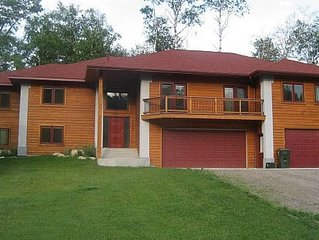 8 Br 8 Bath Huge privately owned house * Breezy Point Resort