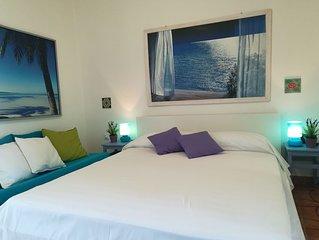 Le Viole Matte – Luminoso appartamento nel verde con vista mare