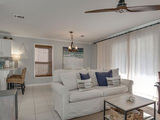 Seagrove Beach- 30A! Pool Access steps away from condo! Beach walkable distance.