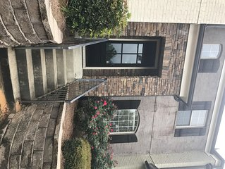 Beautiful Townhome walking distance to Ole Miss (4 football tix/park available)