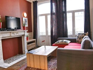 Antoine III apartment in Brussels Centre with WiFi, balcony & lift.