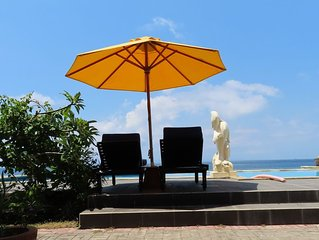 Beachfront bungalow with pool on Bali
