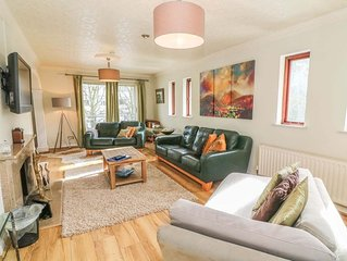Spacious 4 Bed House fully en Suite in Bowness with Parking for 4 cars