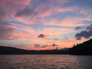 """""""Sunset Lodge"""" a  Maine lakefront cottage with charming guest house"""