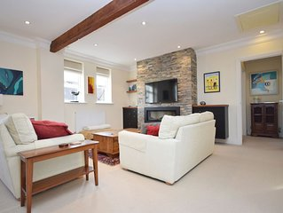 8 Angel Yard, Midhurst -  a flat that sleeps 4 guests  in 2 bedrooms