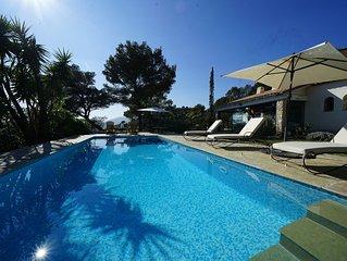 Superbe villa climatisee,  piscine, calme, belle vue, soleil couchant