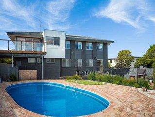'Cliff House Merimbula' - Sleeps 10, Views, Pool, Location
