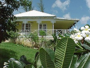 Gingerbread Cottage with pool. Nr Holetown