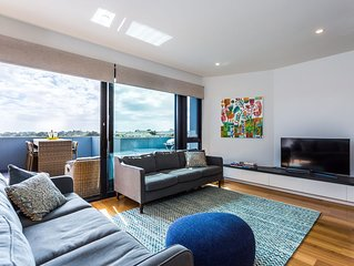 COLLINS QUARTERS, OCEAN BEACH ROAD SORRENTO (S*********) - BOOK NOW FOR SUMMER B