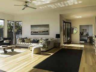 The Peregian Beach Retreat is the perfect place to relax and enjoy yourself.