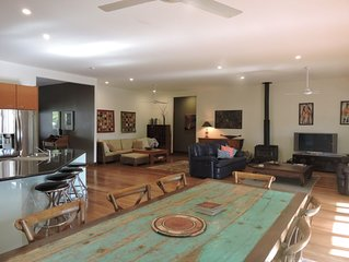 Galway House - luxury spacious pet friendly fully fenced acreage property