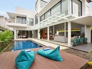 3 Bedroom Modern Luxury Villa, Nusa Dua;