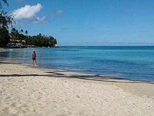 Lovely Getaway In Barbados ~ Walk To Queen's Bay Beach ~ Personal Island Tour!